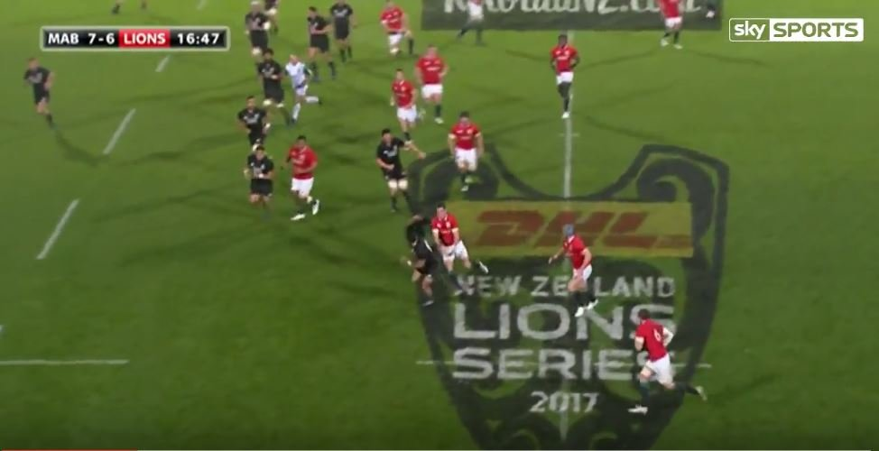 Jonathan Davies comes within inches of scoring 50 metre try