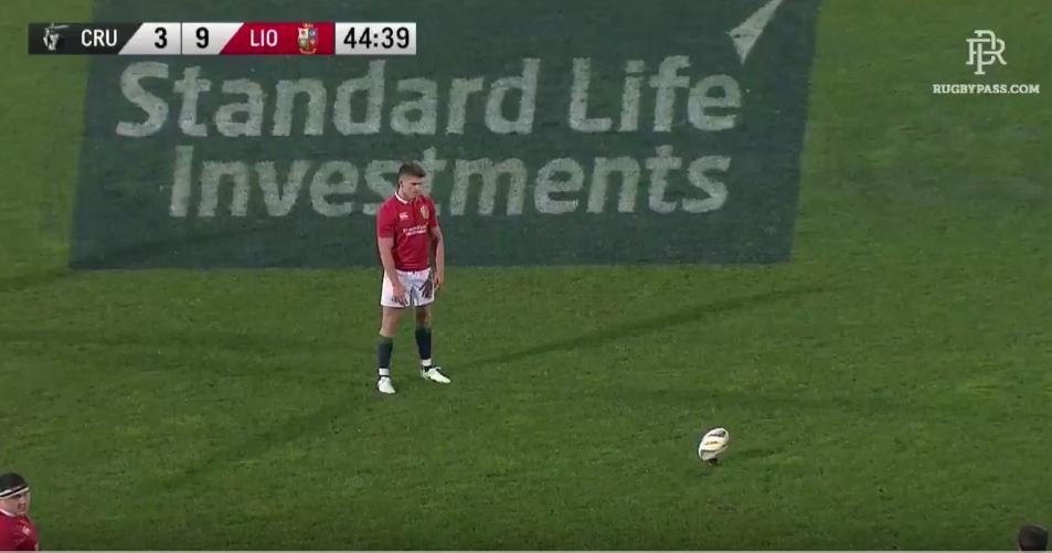 Officiating fail sees perfectly good Owen Farrell penalty denied