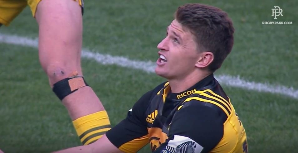 WATCH: The moment English commentator suggests on air Beauden Barrett should be red carded