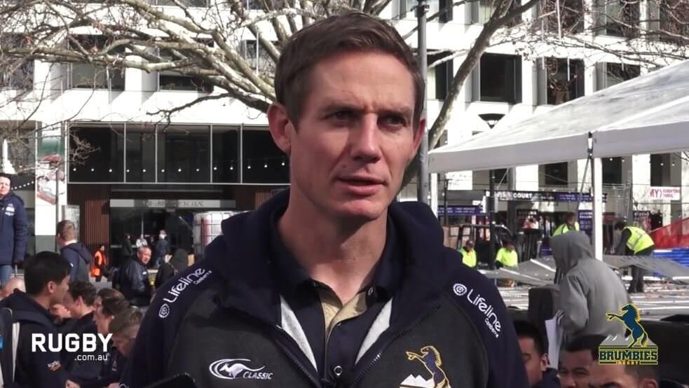 WATCH: Brumbies players react to the return of Lealiifano after cancer battle
