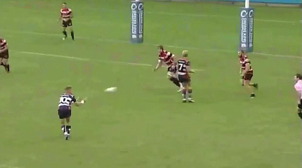 WATCH: Ian Madigan's most recent crossfield kick makes Beauden Barrett look amateurish