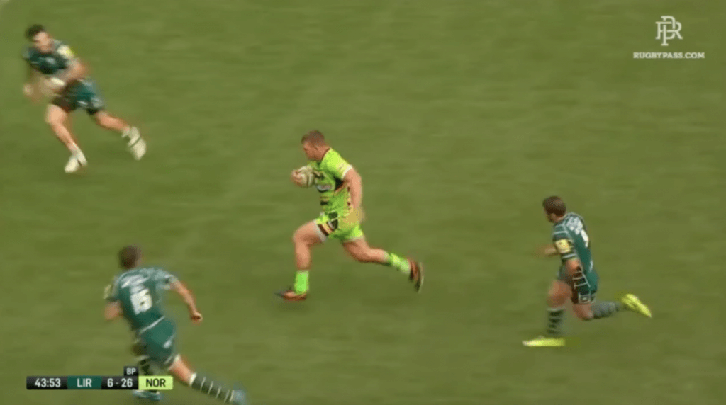 WATCH: Prop Alex Waller leaves Mallinder & co in his wake with barnstorming run