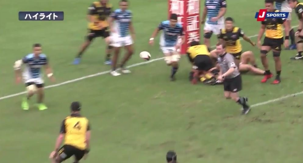 VIDEO: Joe Wheeler pulls off arguably the greatest secondrow touch of all time...we mean it