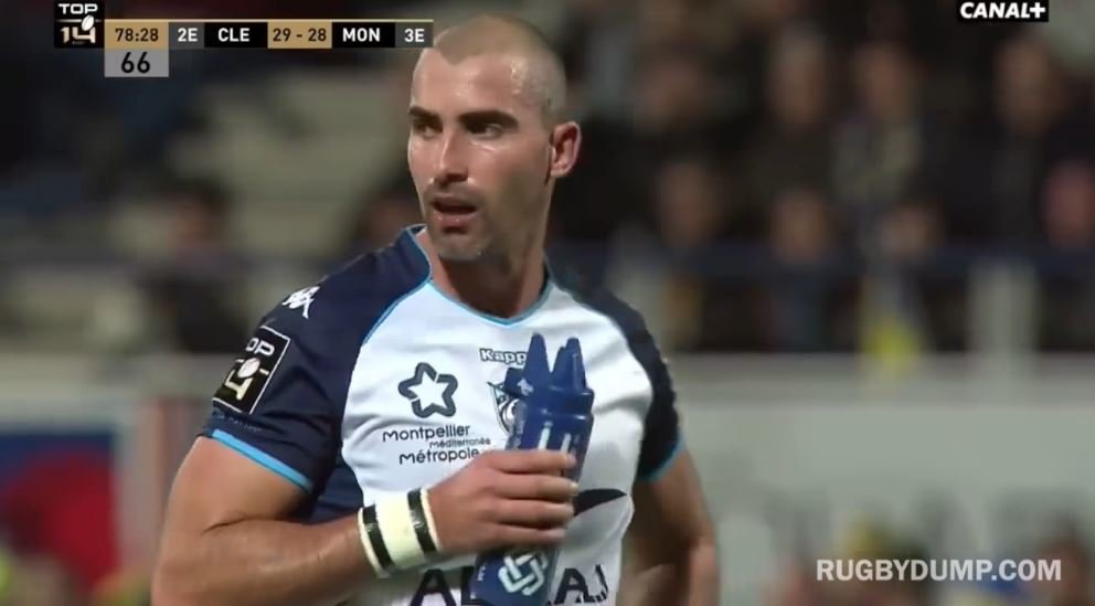 Now former good-guy Ruan Pienaar divides fans with Kieran Read levels of unsportsmanship