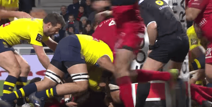 WATCH: Lost Welsh prop exhausted after epic 1 metre try
