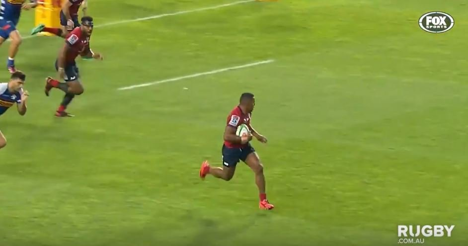 WATCH: Red's Fijian flyer Daugunu nearly kills a man with DISGUSTING sidestep