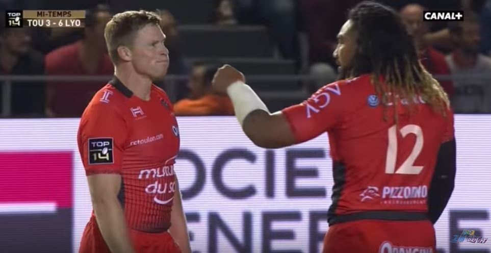 SHOCK: Nonu punches Chris Ashton in the face after his HORROR fails costs Toulon semi-final berth