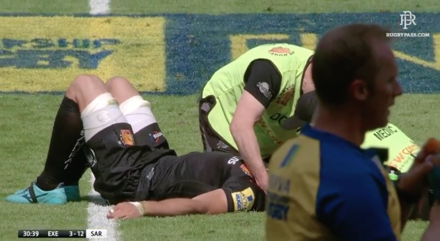 DESTRUCTION: Mako Vunipola stops Alec Hepburn dead in his tracks with a wince-inducing collision