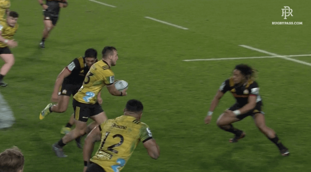 BRUTAL: Chiefs young buck looks for high fives after disgusting illegal hit on Hurricanes player