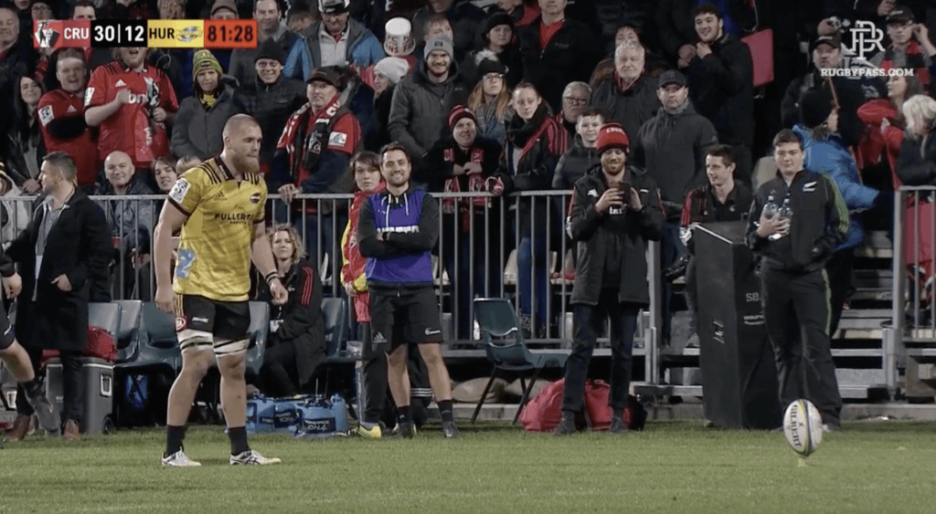 VIDEO: Hurricanes forced to rely on new England star after Beauden Barrett meltdown