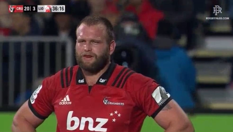 FOOTAGE: Despite being witnessed, All Black prop Moody gets away with red card crocodile roll