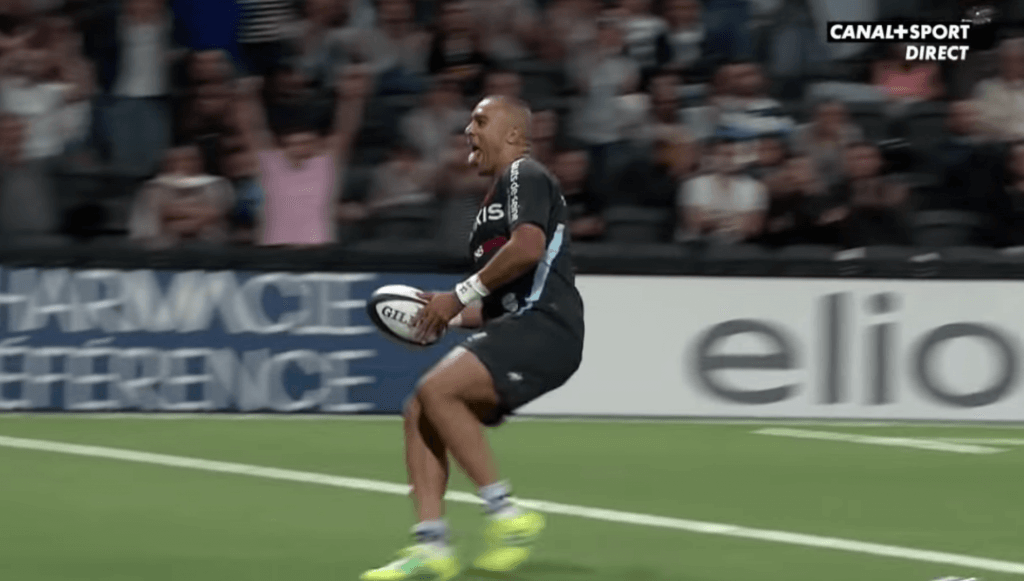 WATCH: Simon Zebo scores TWO for Racing with Finn Russell all over the place
