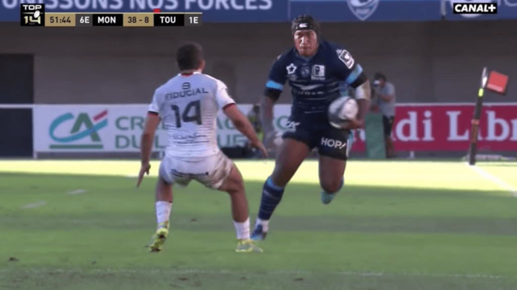 VIDEO: Nemani Nadolo single-handedly dismantles Toulouse players with frightening ease