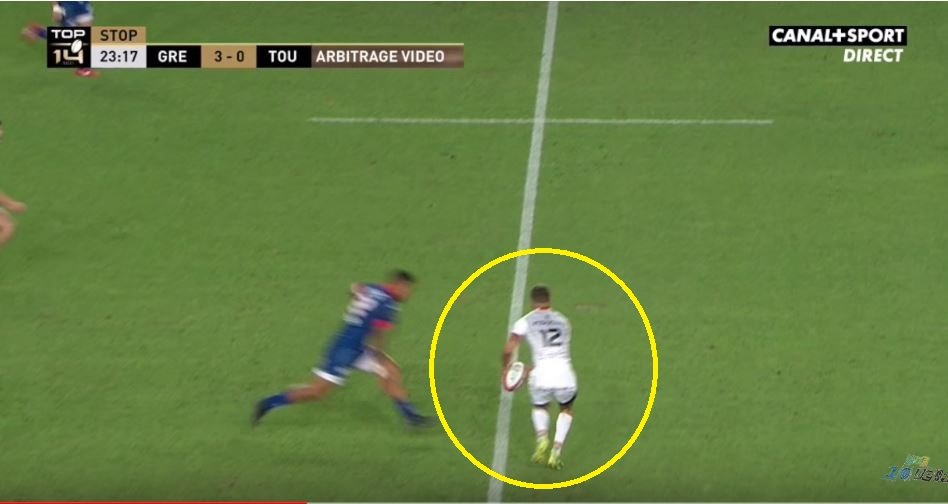 WATCH: The first MONSTER hit of the Top 14 season just happened