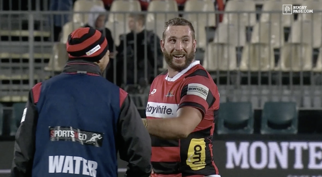 WATCH: Former All Black second row throws RIDICULOUS pass for try assist