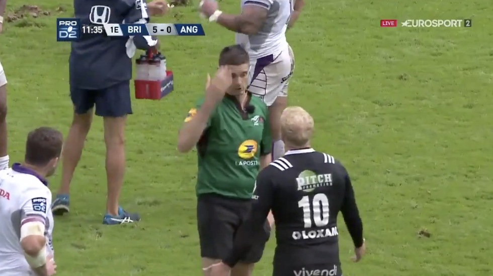 WATCH: Former Ulster star Stuart Olding is red carded for literally flipping a player over