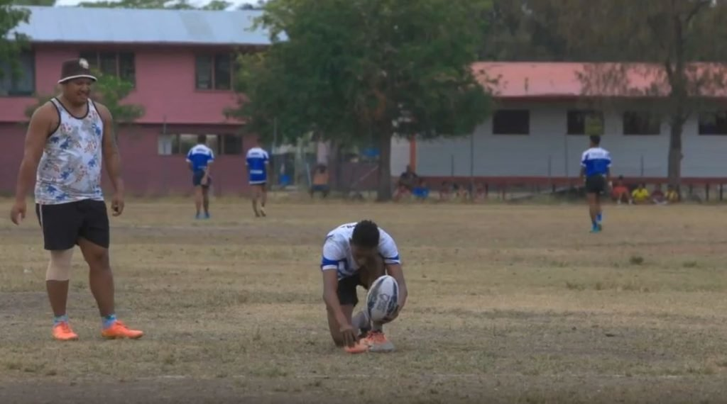 FOOTAGE: What this player uses as a kicking tee will shock you into incontinence