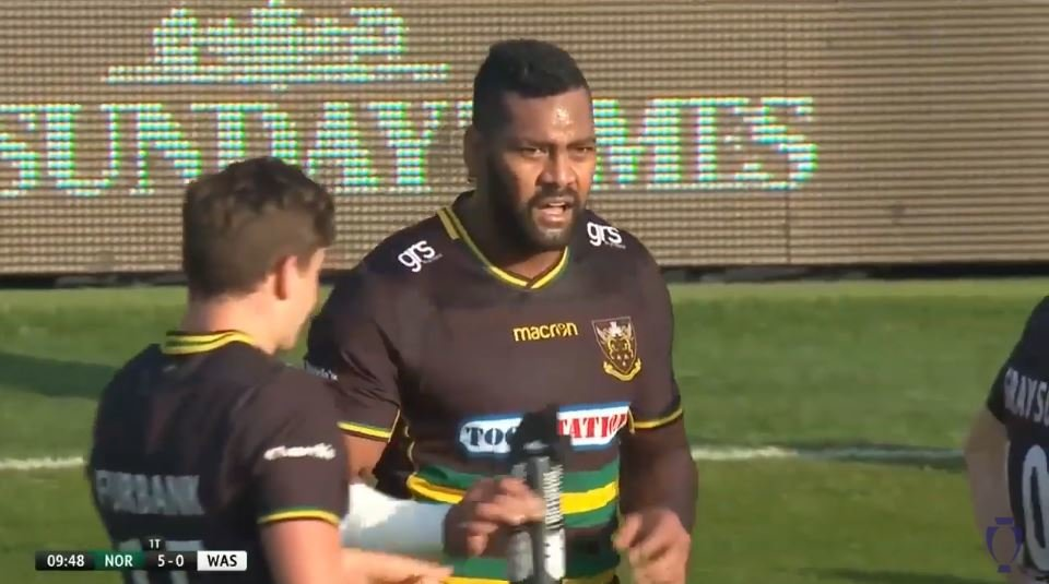 FOOTAGE: Slimmed down Naiyaravoro breaks Joe Simpson with most violent bounce you're likely to see