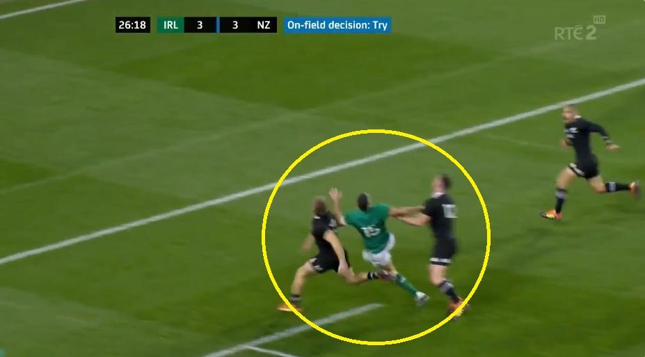FOOTAGE: Genuine shock as Wayne Barnes disallows clear Ireland try