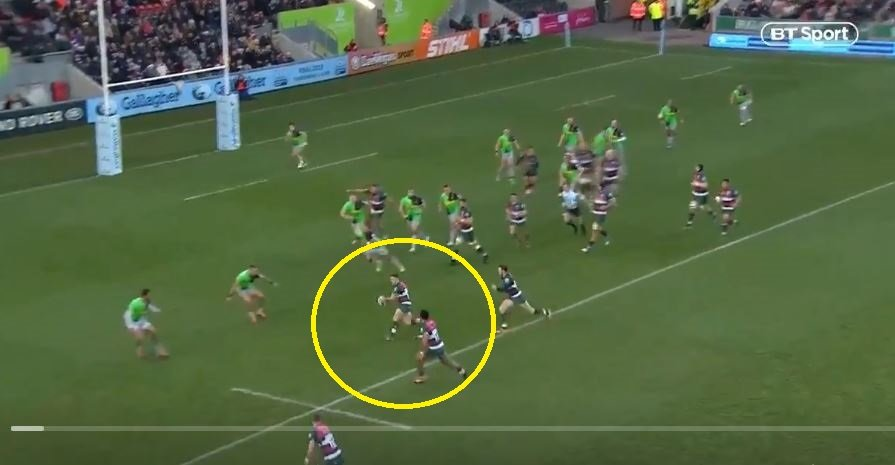 FOOTAGE: George Ford proves he's more skillful than Cipriani with delicious dummy