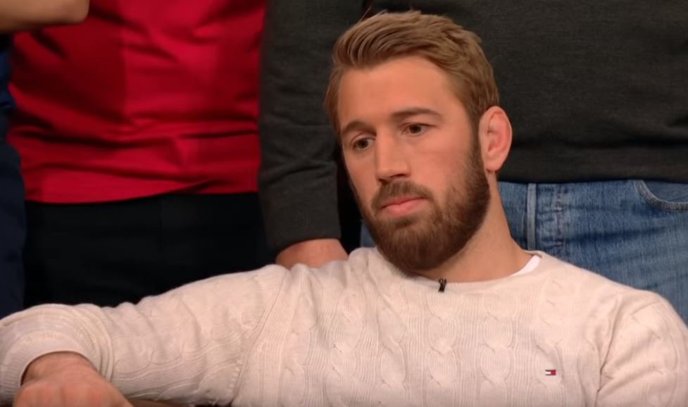 VIDEO: Scarred Chris Robshaw admits he 'fled' to dressing room in tears after match