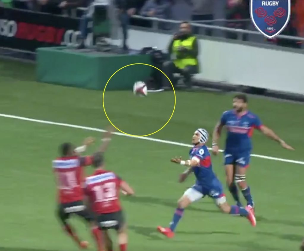 WATCH: Grenoble run length of the pitch TWICE in try you'd only ever see in the Top 14