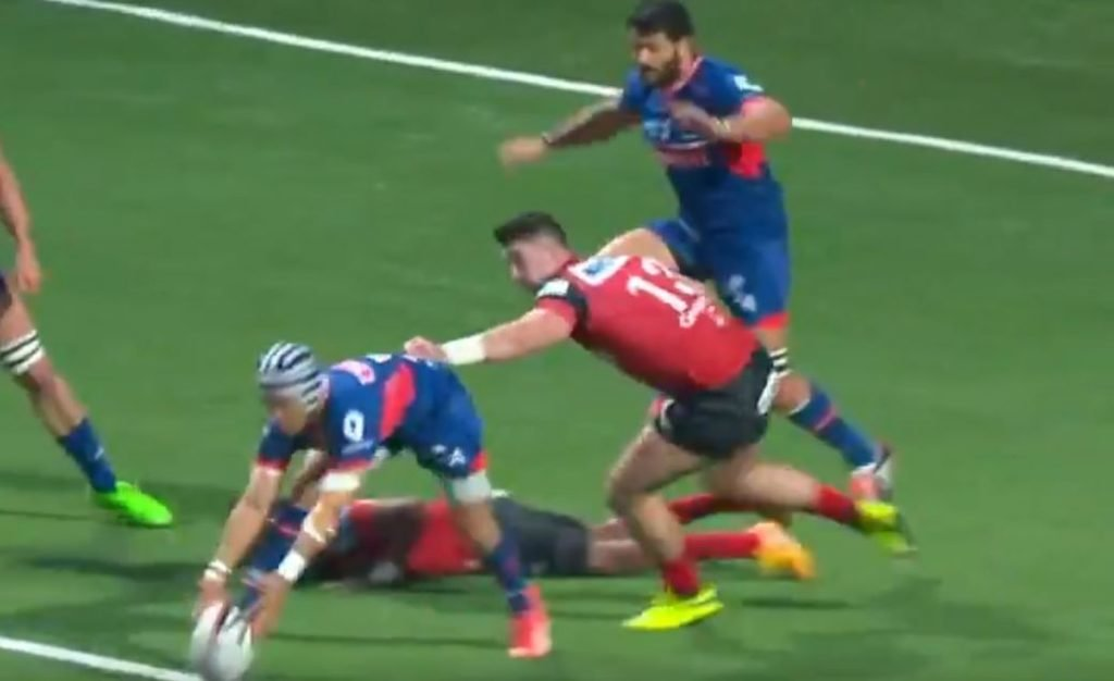 FOOTAGE: Maybe the most insane 95 seconds of rugby you'll see this year