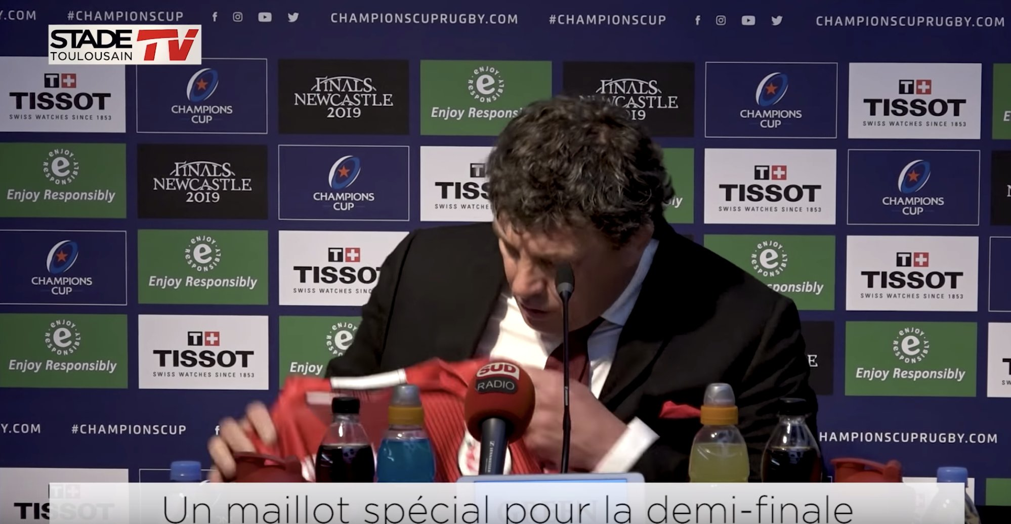 WATCH: An emotional moment as Toulouse reveal new shirt in light of the Notre-Damn fire
