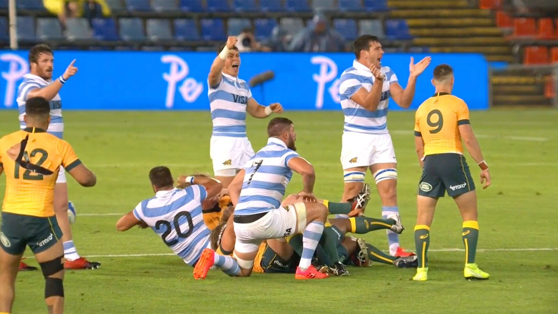 Argentina continue unbeaten run with comeback against the Wallabies