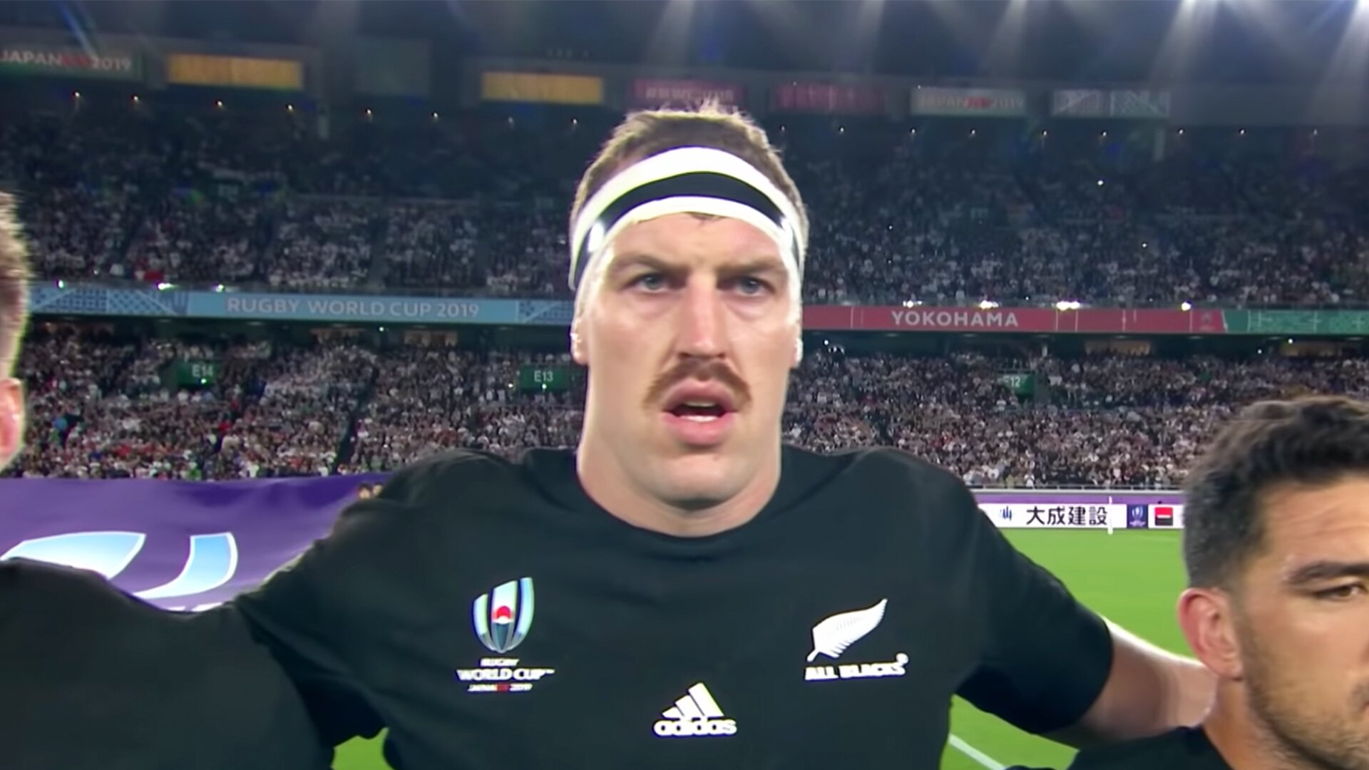 Rugby fans confused as bizarre private messages are sent from account of All Black star Brodie Retallick