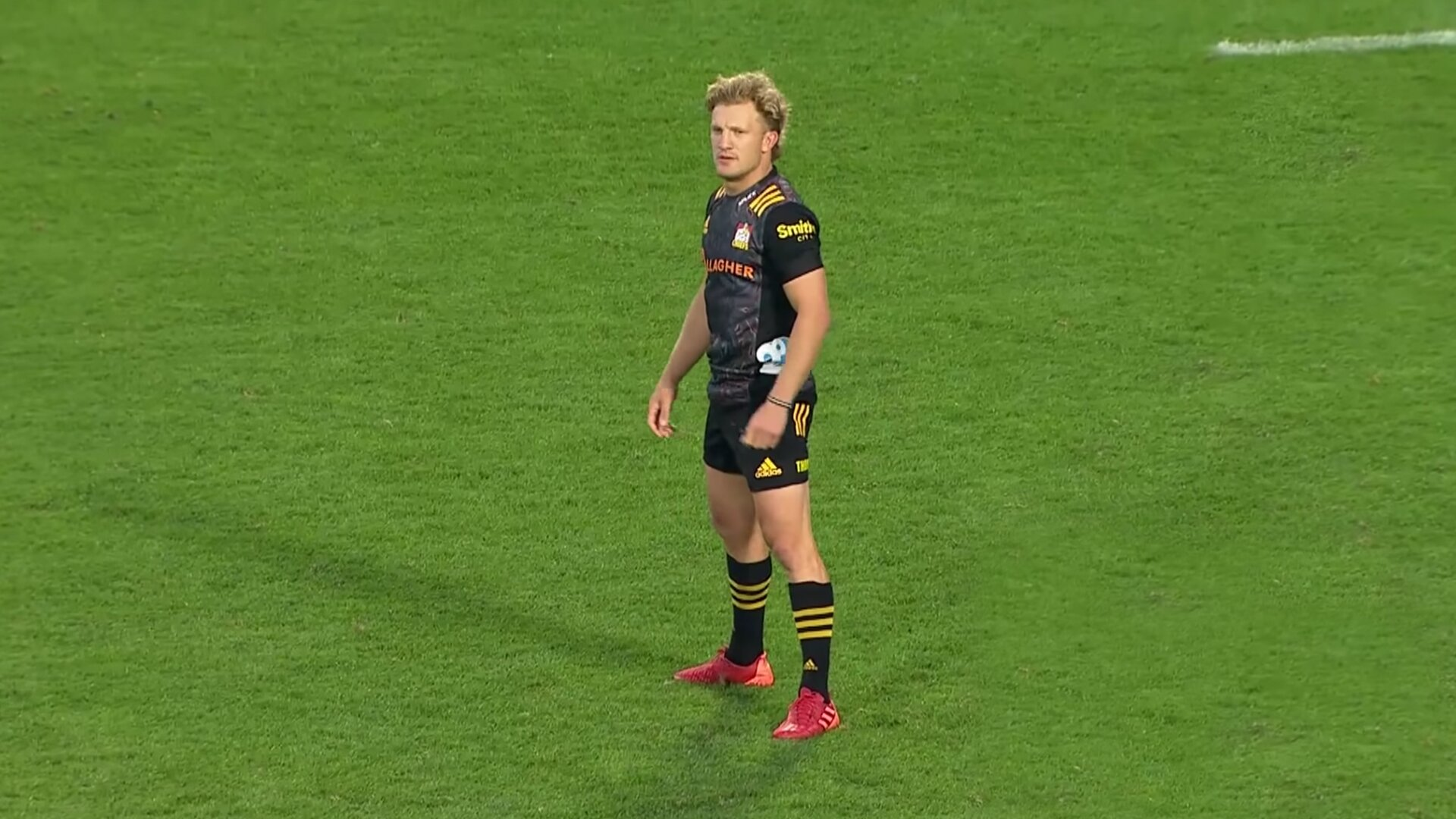 A player cam on New Zealand star Damian McKenzie has been made for an ENTIRE match