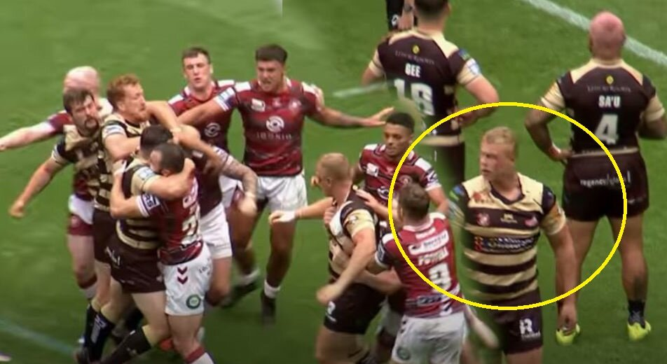Innocuous incident sparks all-in war brawl in rugby league match